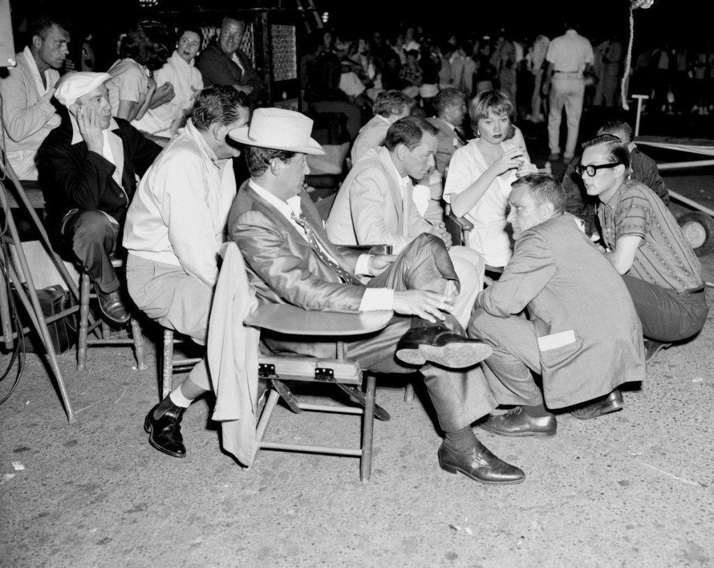 Dean Martin, Frank Sinatra & Shirley Maclaine