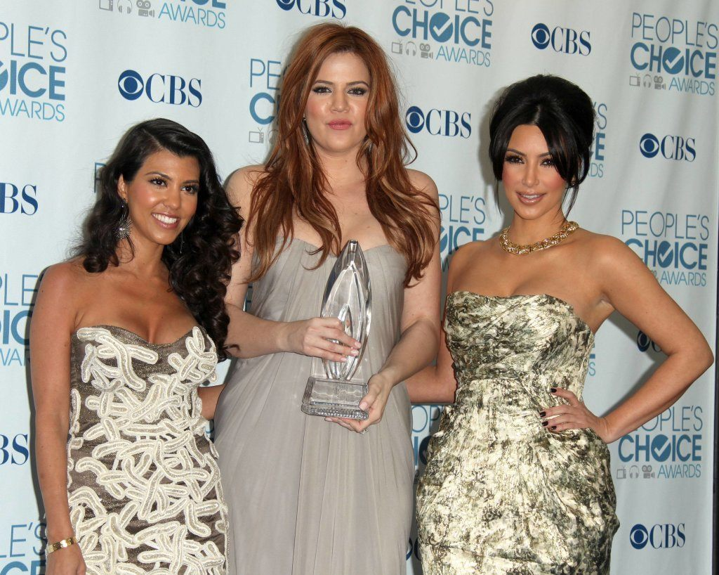 LOS ANGELES - JAN 05: Kourtney, Khloe & Kim Kardashian arrive in the press room at the People's Choice Awards 2011 on January 05, 2011 in Los Angeles, CA