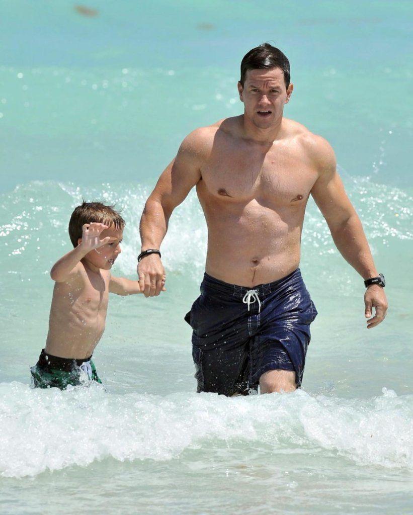 male celeb beach bodies