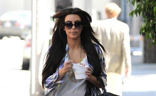 kim kardashian went to pink berry