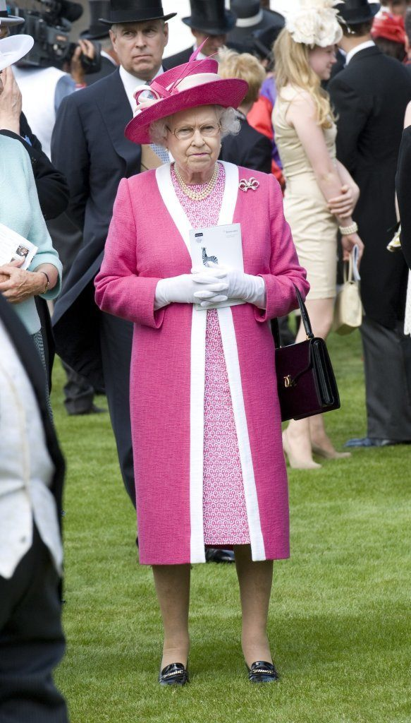 Queen Elizabeth At Epsom Downs Racecourse Picture By: Simon Burchell / Featureflash