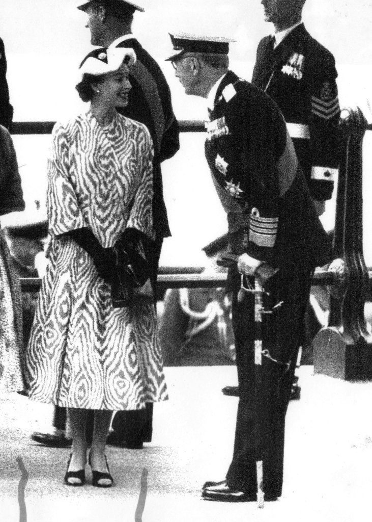 Queen Elizabeth in bold patterned dress