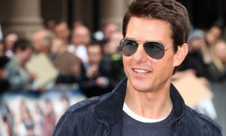 Tom Cruise in aviator sunglasses