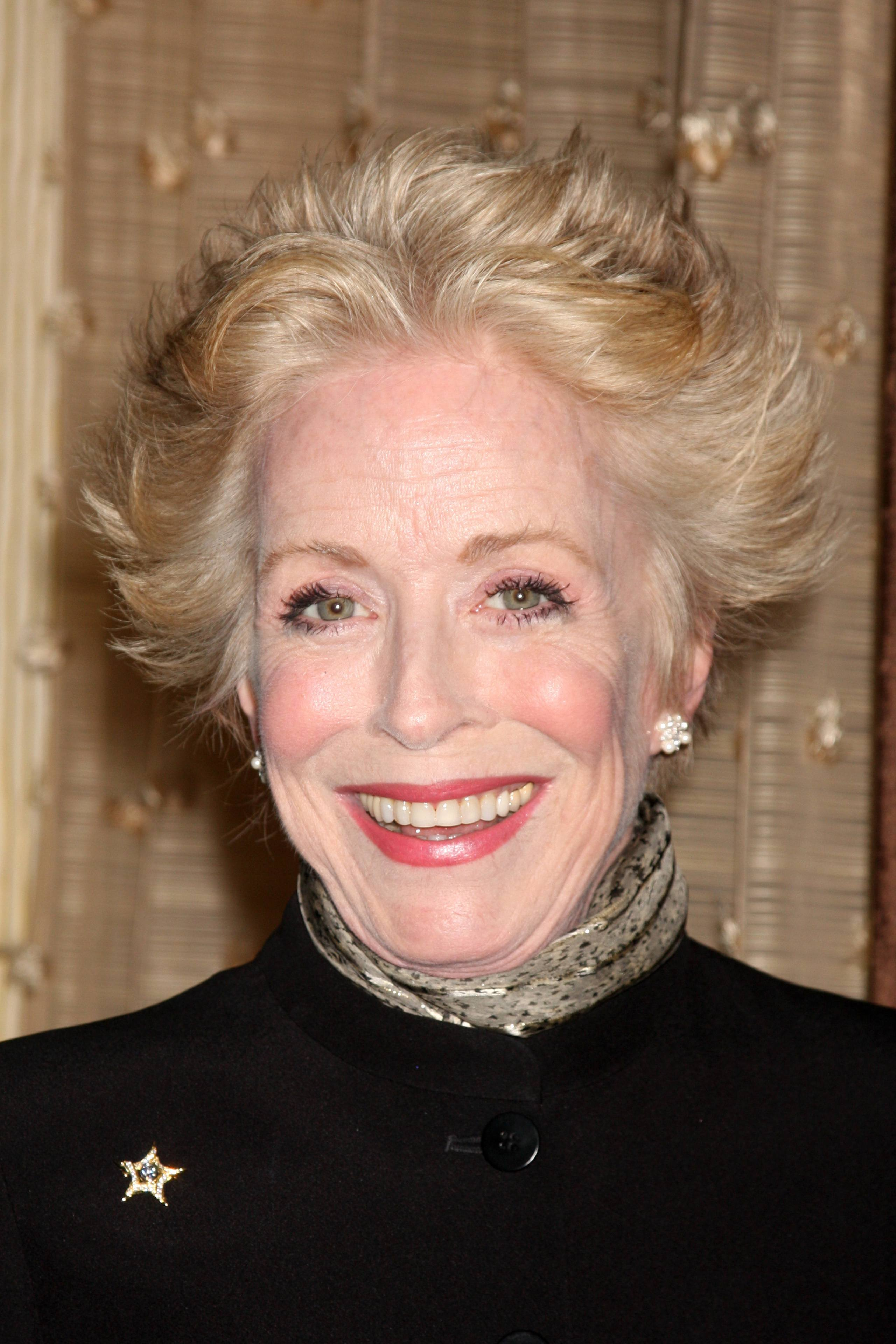 Actress Holland Taylor Finds True Love at the Age of 72 ...