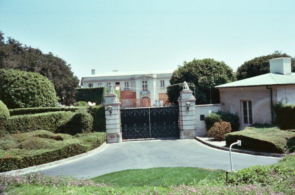 Beverly Hillbillies' mansion